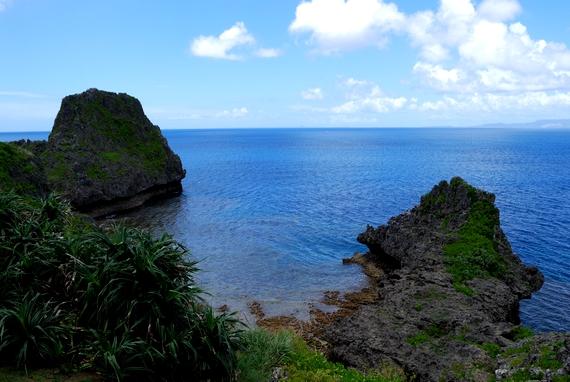 地形的なダイビングスポットの真栄田岬