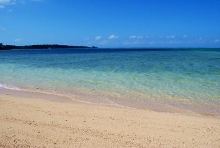 人の少ない穴場ビーチ 仲泊 シークレットビーチ