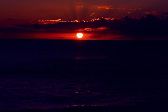夕日のきれいな場所 北谷町の宮城海岸