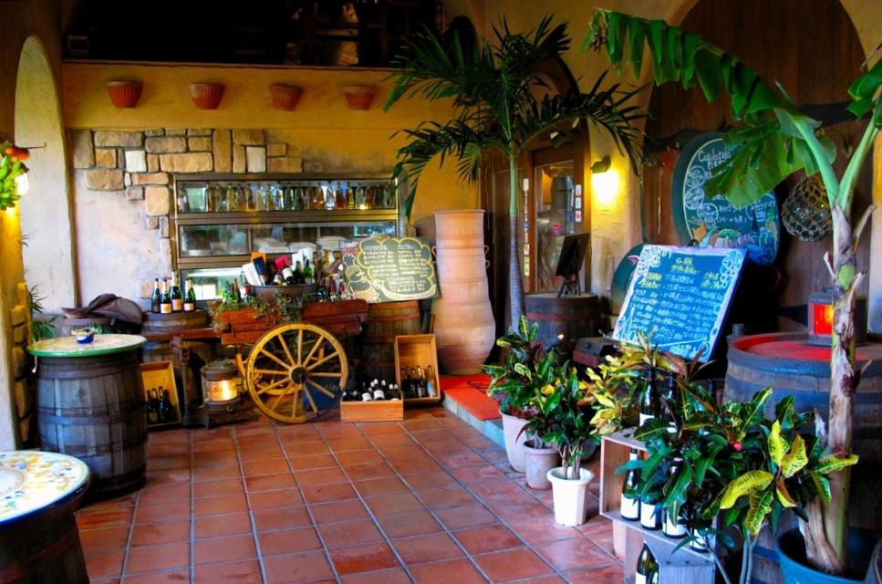 恩納村で沖縄地中海料理が味わえるカサラティーダ