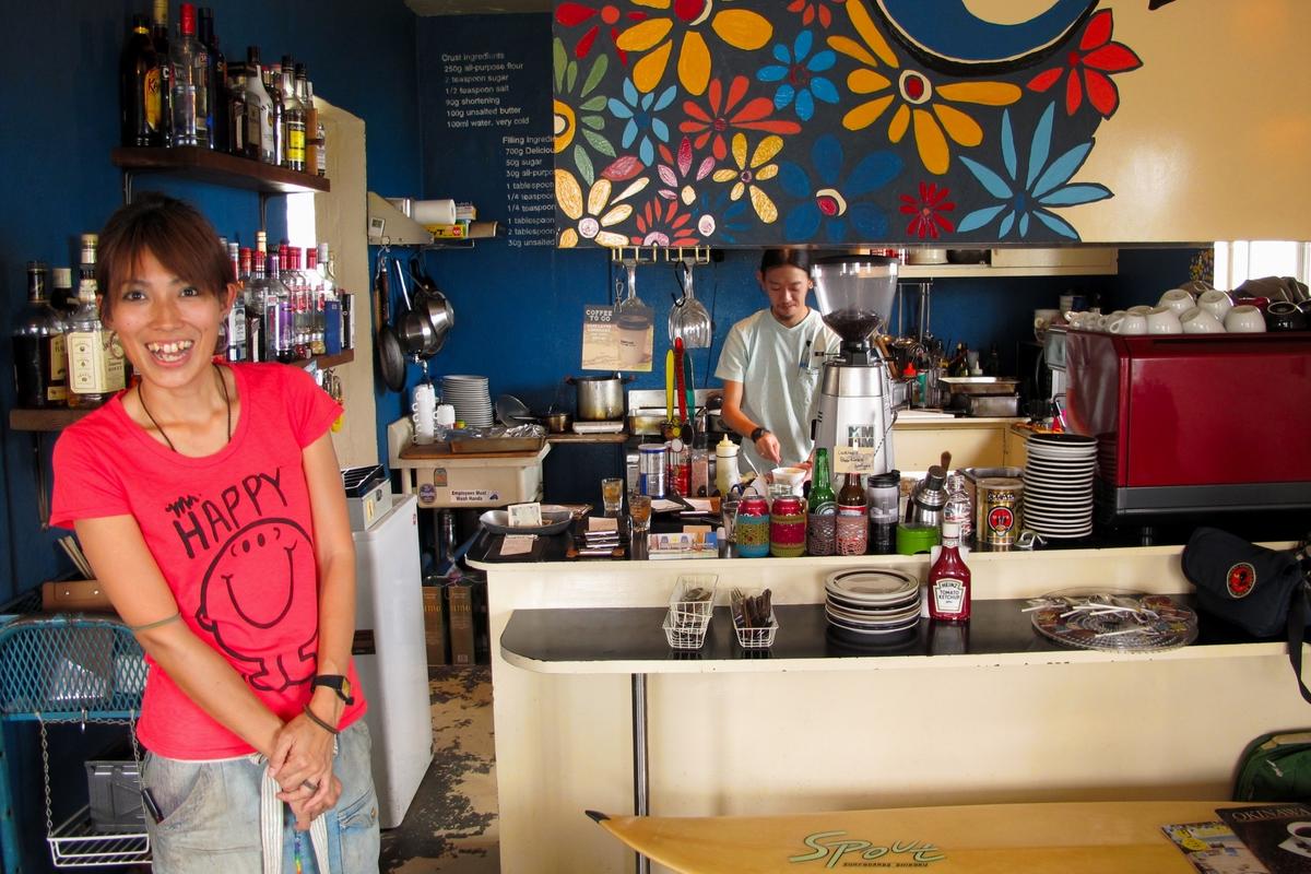 話題の外人住宅を改装した海が見えるカフェ